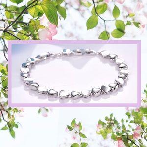 "Jewelry - 💕2 for $20 sale💕Bracelet: Hearts ""Tennis"""